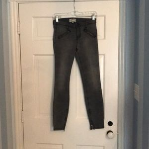 Current/Elliott Size 26 Gray Wash Skinny Jeans